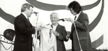 Agnes Semmler, Canadian Minister John Munro, and Les Carpenter at the signing of the Inuvialuit Final Agreement.